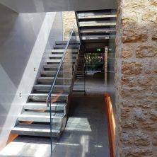 Stainless & Frameless Glass staircase